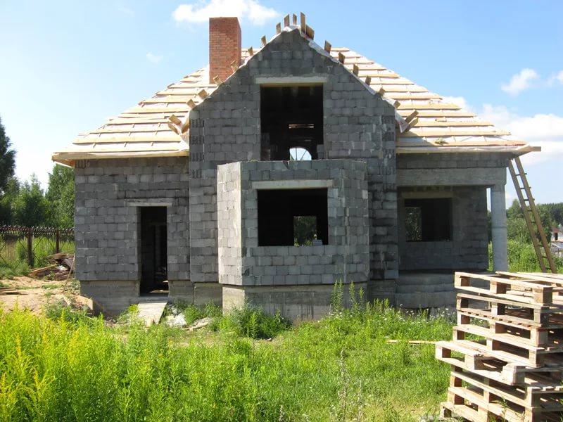 Фотоотчет строительства дома своими руками из керамзитоблоков